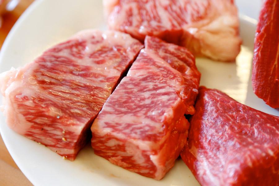 【コロナ経済対策】 「お肉券」発行検討