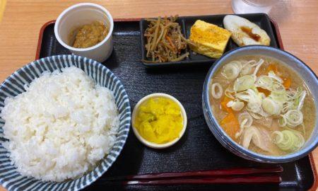 豚汁定食とかいう500円wwwwwwwwwwwww