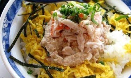【画像】ザ・丼のツナマヨ丼(旧称カニツナ丼)、ウマイ!!!!
