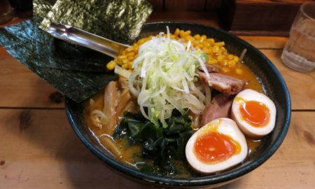 【悲報】三大外れラーメン「チャーシューが鶏肉」「挽き肉」wwwwwwwwwwww