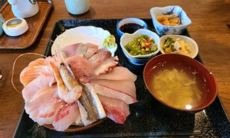 【問1】この海鮮丼(980円)に欠点はあるのか?????